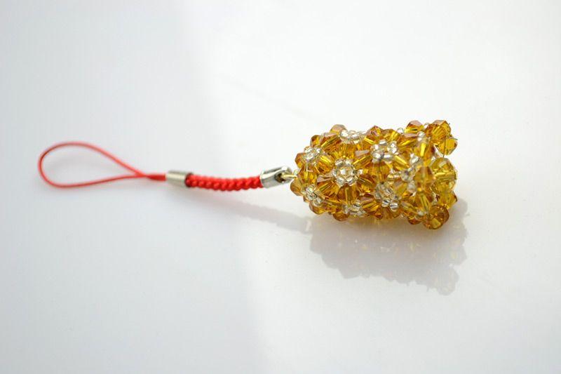Beaded jingle bell, just the fittest Christmas charm – Pandahall | Ornament tutorial, Christmas ...
