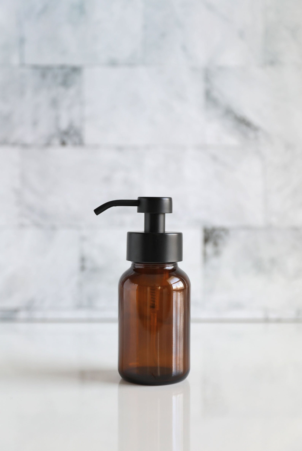 Apothecary Amber Glass Foaming Soap Dispenser With Black Metal Etsy In 2020 Foam Soap Glass Soap Dispenser Soap Dispenser
