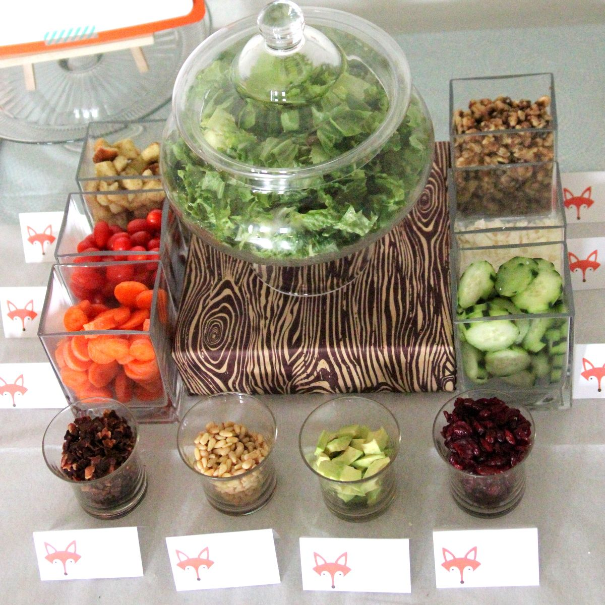 A way to serve salad for picky eaters groups of people for Food bar ideas