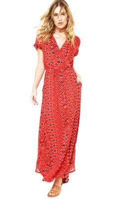 Vestido Longo Cantão Vintage Vermelho, com modelagem evasê, decote V…