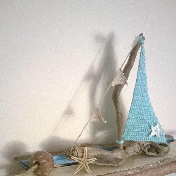 Barchetta legnetti di mare e uncinetto / Boat driftwood e crochet