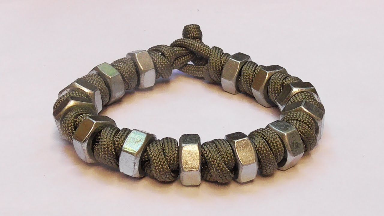 how to make a paracord bracelet with beads
