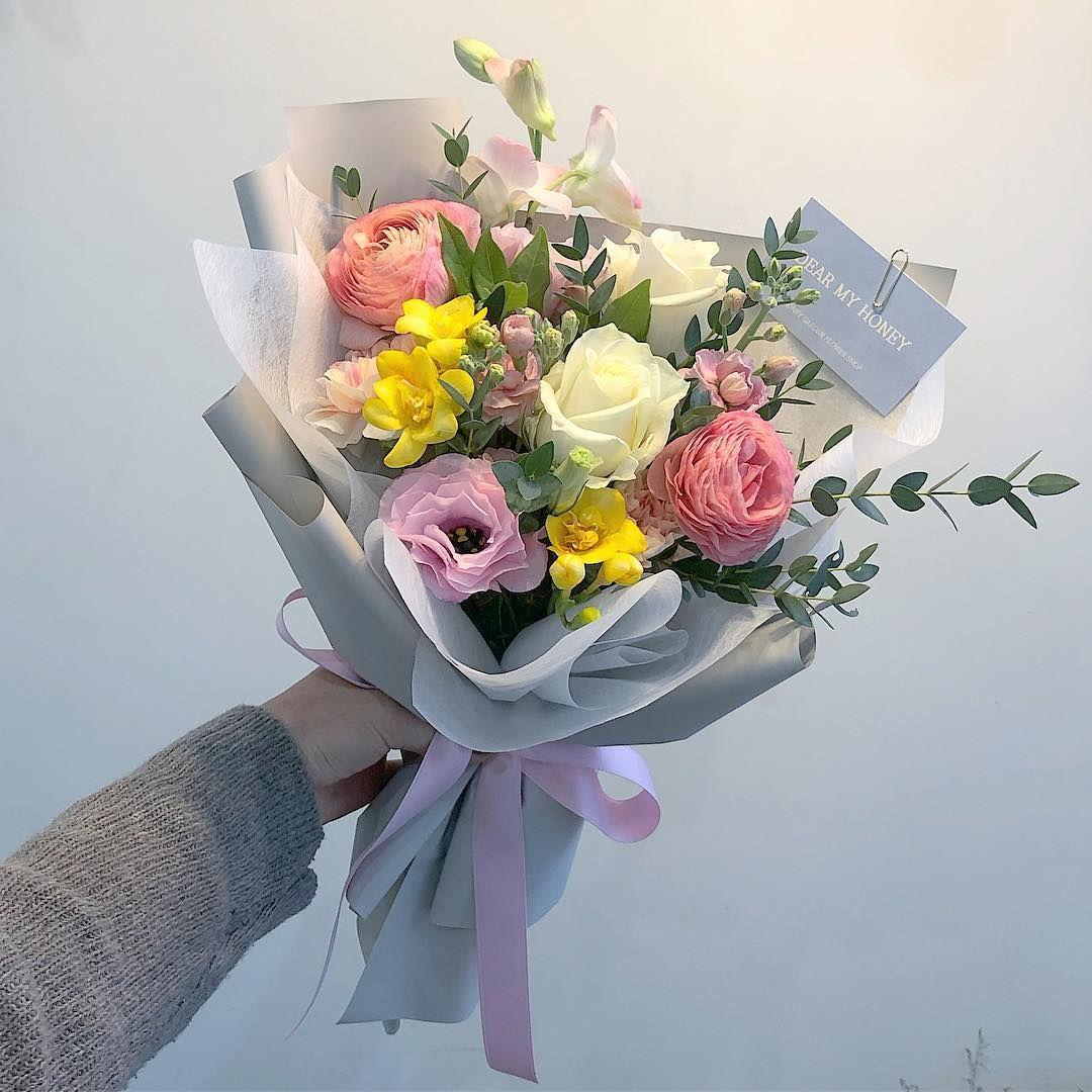 Дизайн букеты из цветов и денег