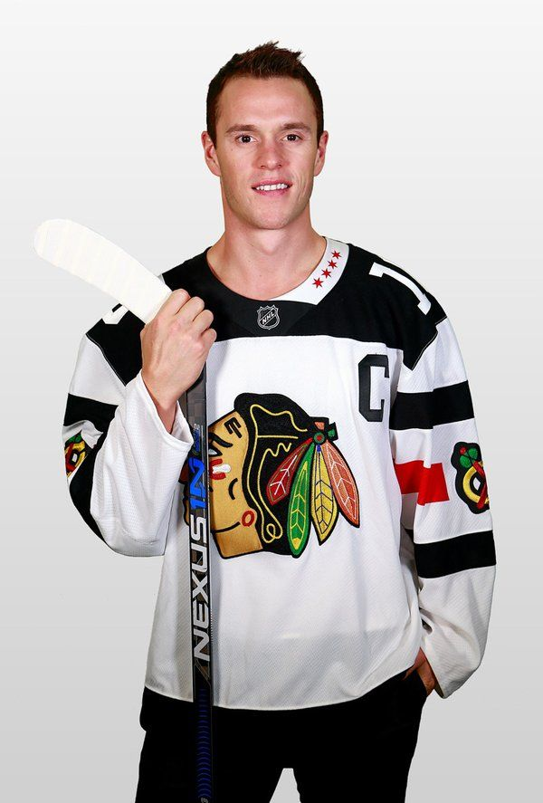 newest b62b8 6d347 Jonathan Toews in the 2016 winter classic jersey | Hockey ...