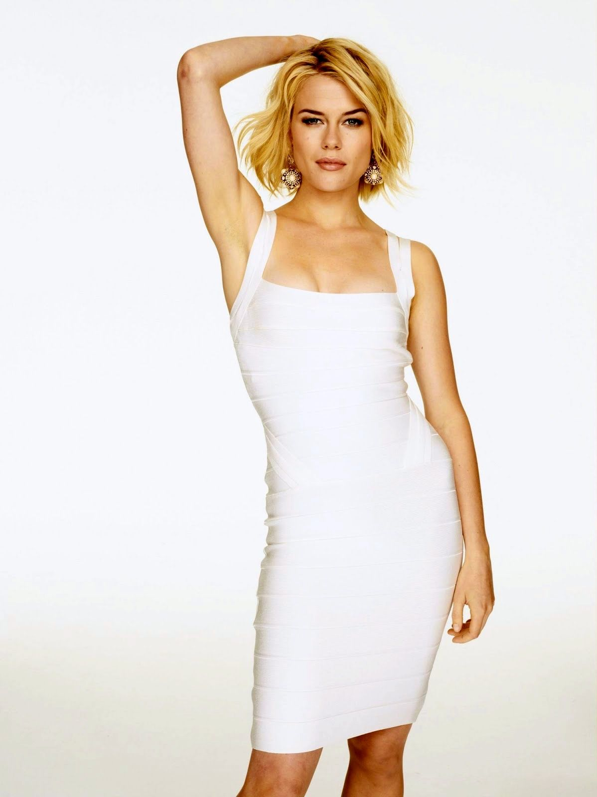 Rachael Taylor in a white body con dress | Celebrities in a Little ...