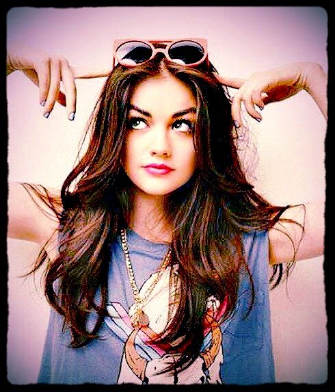 Lucy Hale Hair Color Fashion Long Hair Lucy Hale Pretty