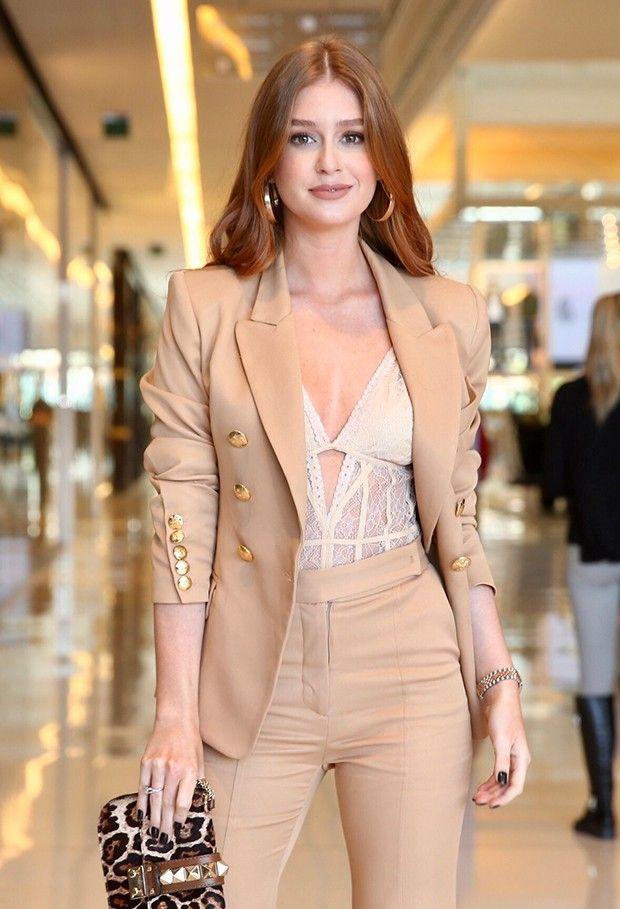 Marina Ruy Barbosa dá show de elegância em SP | Looks, Moda, Blazer feminino