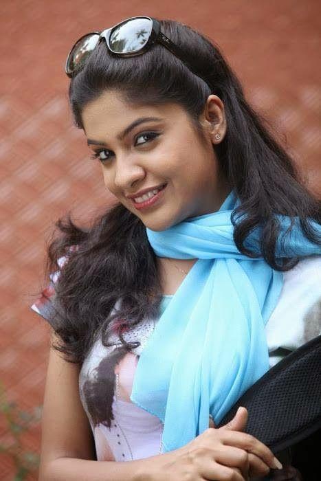 Actress Archana Kavi Pictures Actor Actress World Pinterest