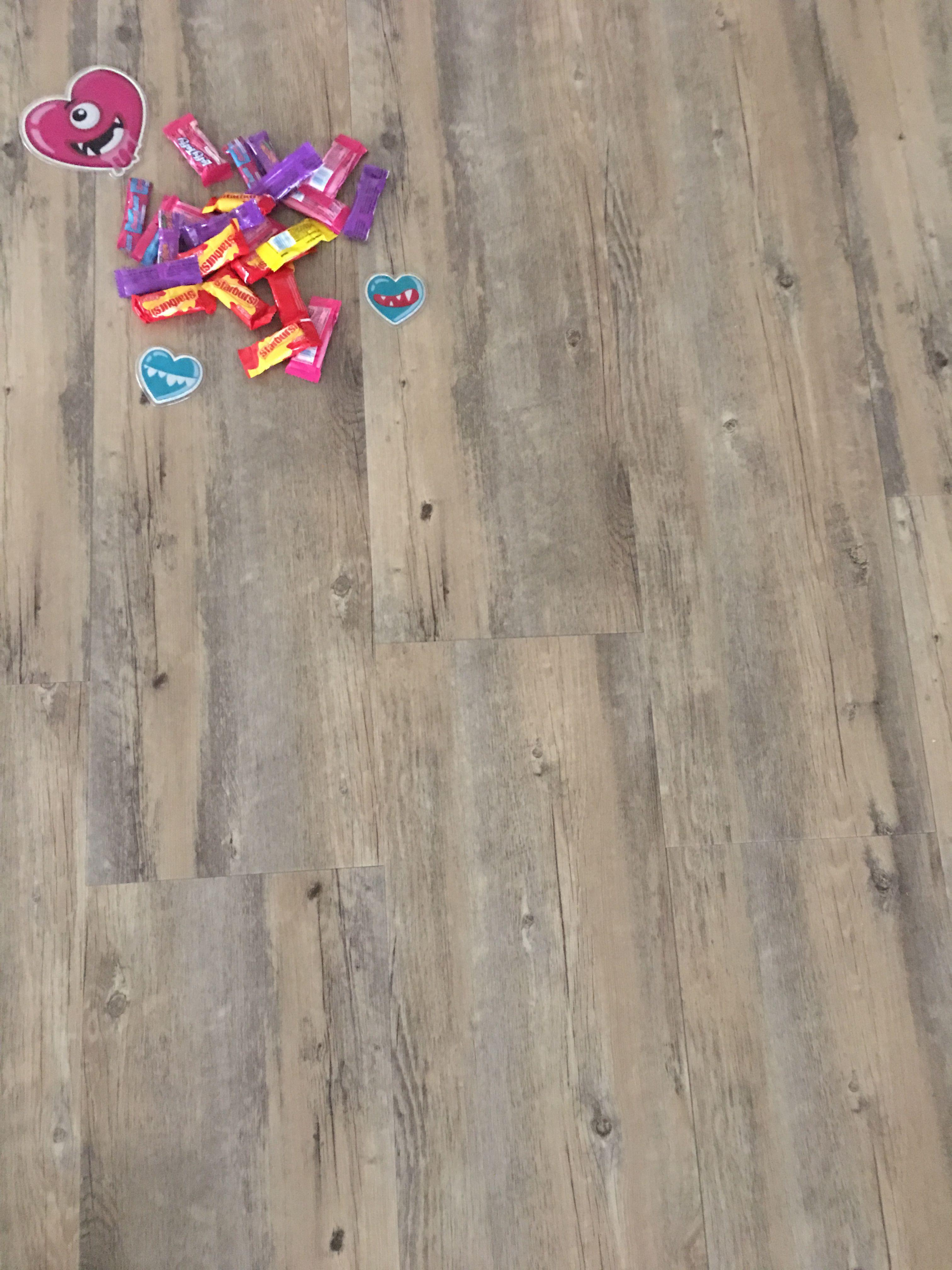New Centurion Flooring Distributors Lucius Collection Auburn Dynasty 3019 1 23 80 Sqft Carton 6 5x9x48 Inch Beautiful Flooring Flooring Store Luxury Vinyl