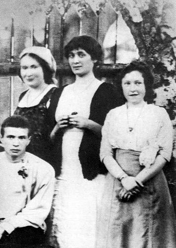 A very young Akhmatova, taken shortly after her marriage to Gumilyev in 1912.