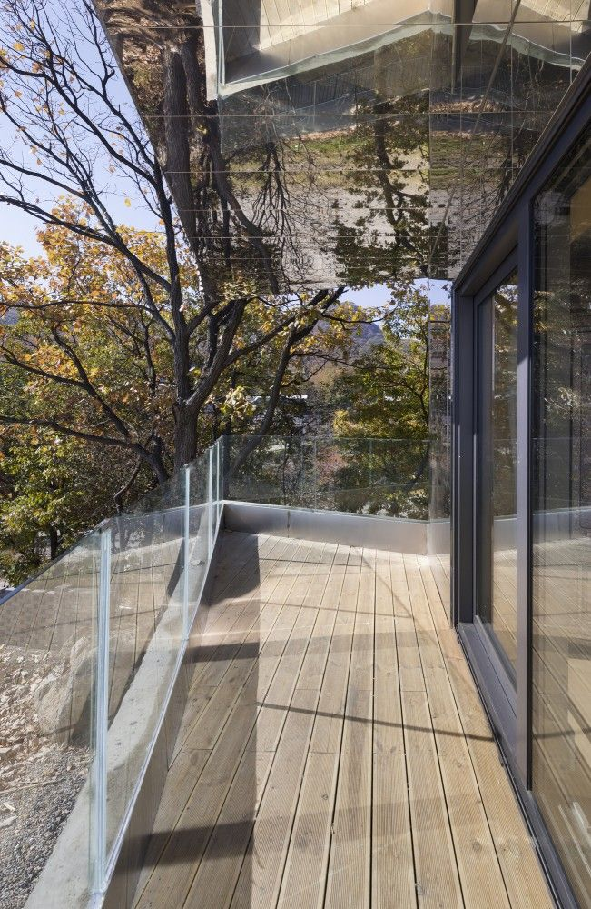 Gallery Of The Curving House JOHO Architecture Photos - Curving house joho architecture