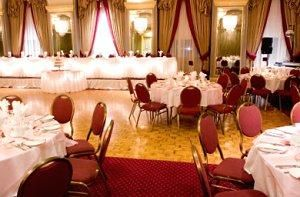 Table Layout of a Wedding Reception | the wedding I can afford ...