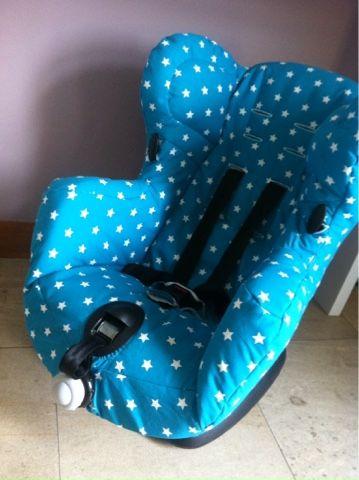 housse de si ge auto bebe maison clothes over bro 39 s. Black Bedroom Furniture Sets. Home Design Ideas