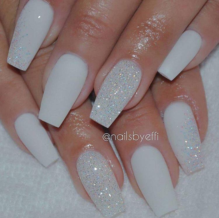 White glitter Nails | nails | Pinterest | White glitter nails, White ...