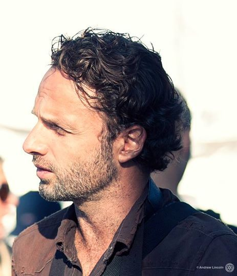 Andrew Lincoln - 2020 Dark brown hair & urban hair style.