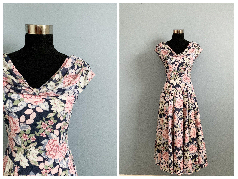 Vintage 80s Laura Ashley Floral Dress 1980s Romantic Garden Party Dress Laura Ashley Floral Dress Garden Party Dress Tiki Dress [ 2250 x 3000 Pixel ]