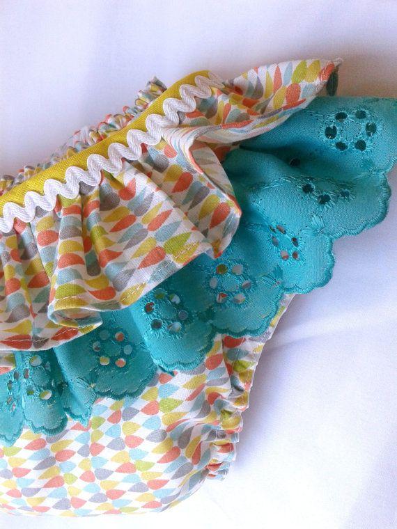 Cubierta de pañal cubierta de pañal de bebé por Laralovesgiraffes ...