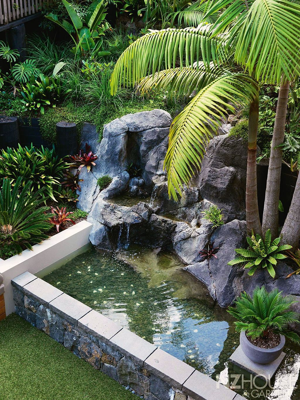Детали | Pond fountains, Backyard ideas for small yards ...