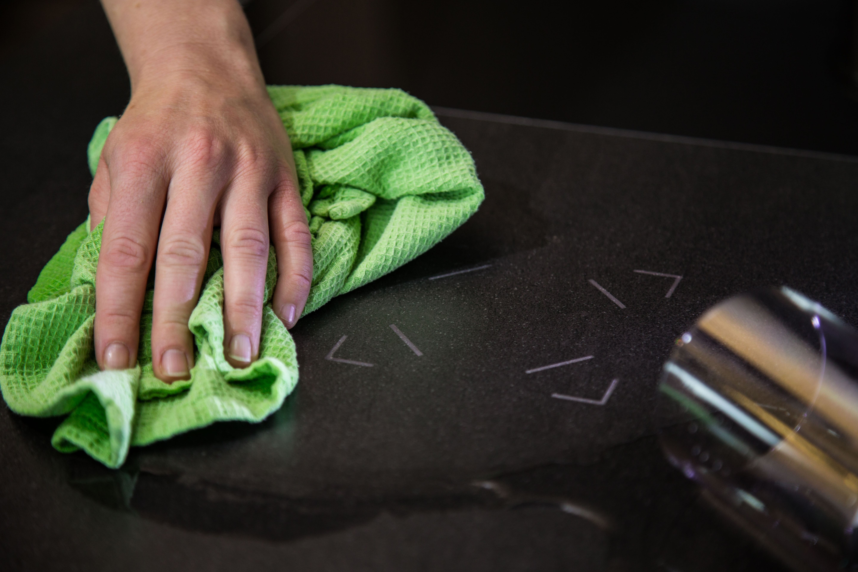 Küchenideen stein touch stone  der stein der zaubert für das smart home entwickelt in