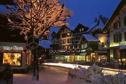 Christmas in Switzerland La Suisse/Switzerland My heritage - christmas town decorations