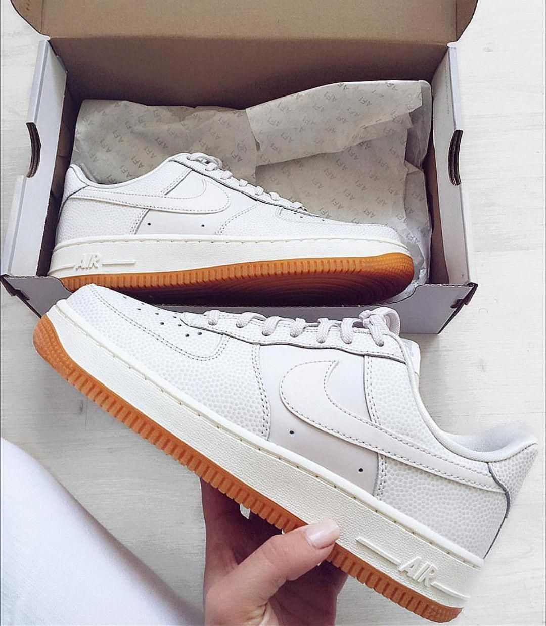 Nike Air Force 1 in whiteweiß Foto: dilekca_ |Instagram