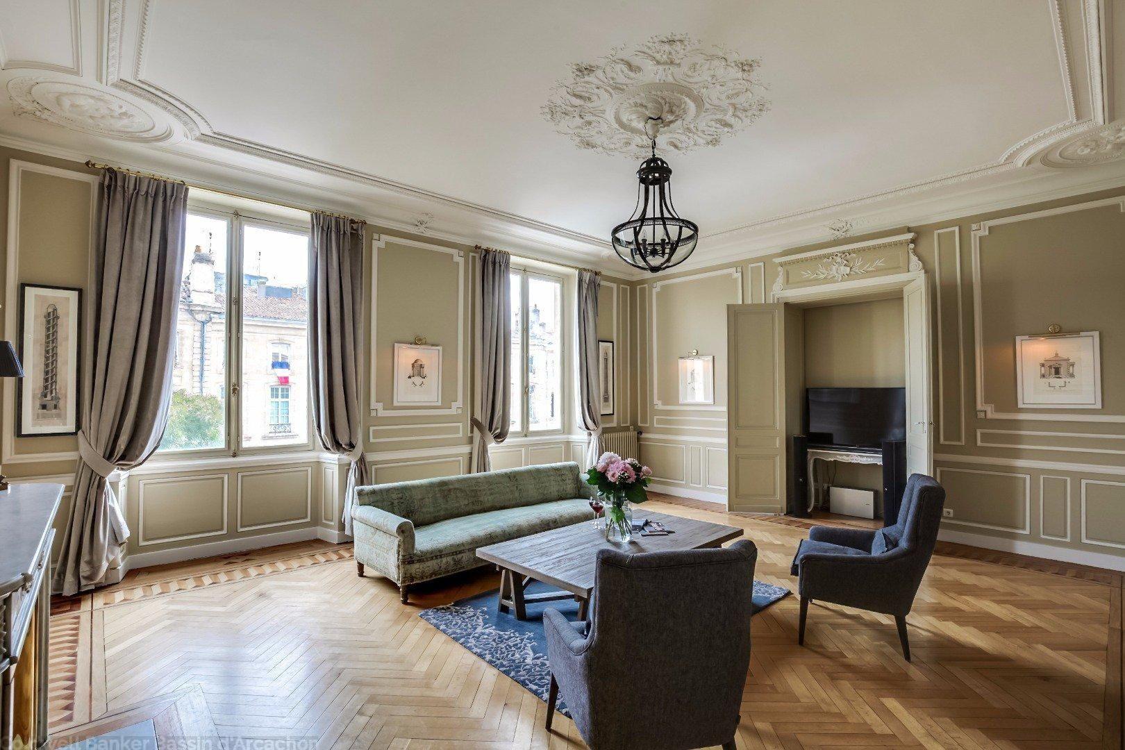 Appartement De Prestige Bordeaux Hyper Centre Triangle D Or Dans Immeuble Du 18 ème Siècle Immobilier De Luxe Immeuble Appartement Bordeaux