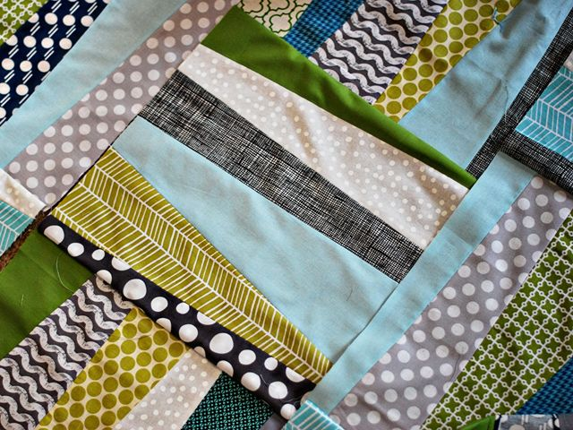 Quilt Idea!- Thea's Puzzle Amy Butler Pattern http://www.amybutlerdesign.com/pdfs/Theas_Puzzle_Quilt.pdf