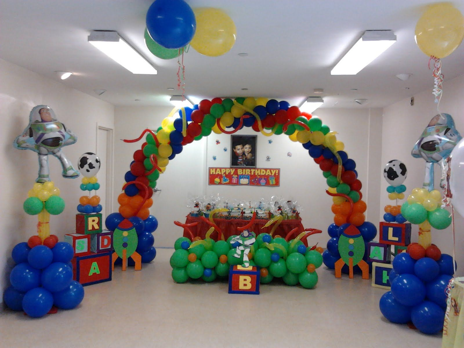 Toy Story Party Decorations - Balloon columns, cake table, and ...