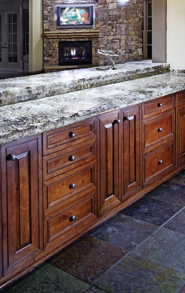 UltraCraft Cabinetry - Perth Amboy door style | Cabinetry ...