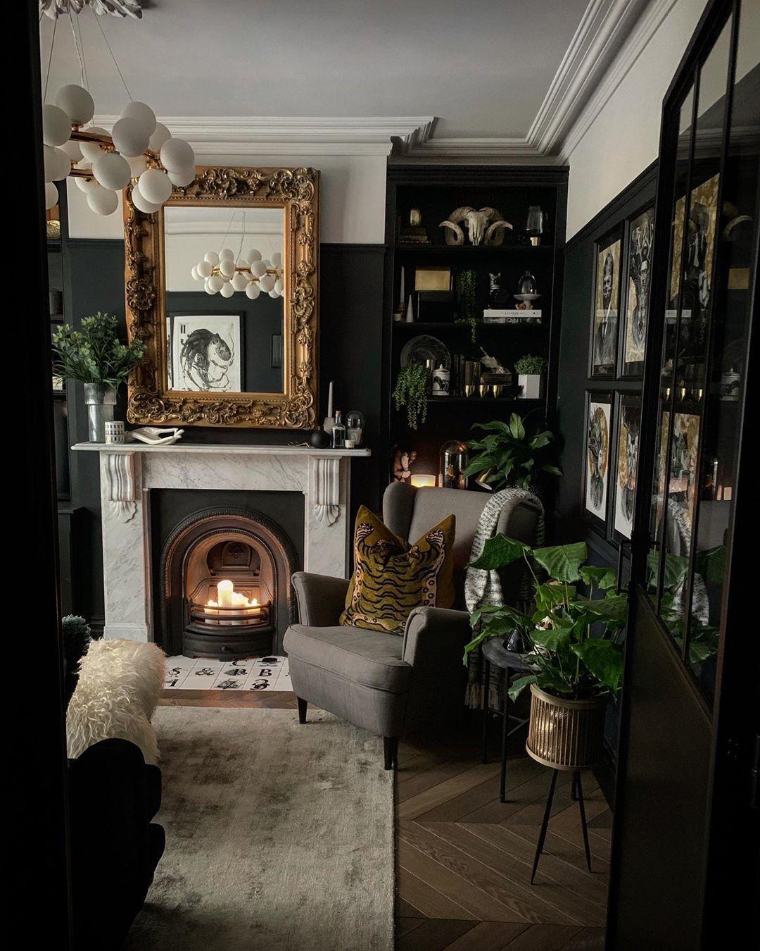 Victorian Wall Decor Ideas