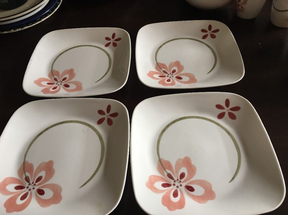 4 Piece Corelle Small Dinner Plates Square Desert Size