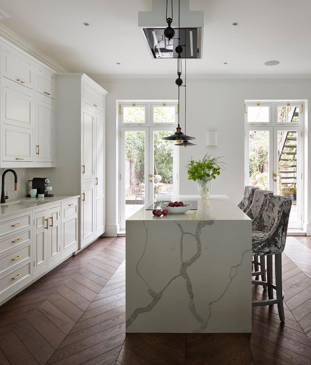 A fresh start to the week this white original kitchen design blends