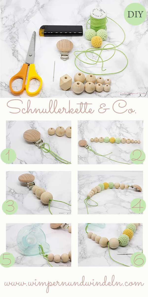 Babygeschenk: Schnullerkette & Co. Schnullerkette einfach selber machen. Eine DIY-Anleitung für ein süßes Babygeschenk-Set. #babysets