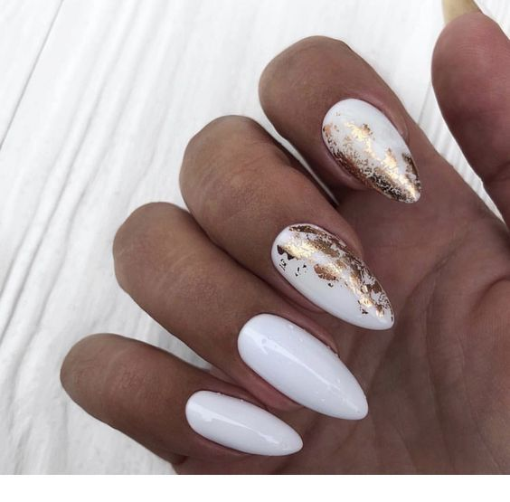 Milky Nails With Gold Details Inspiring Ladies Gold Nails White Nails White Nails With Gold