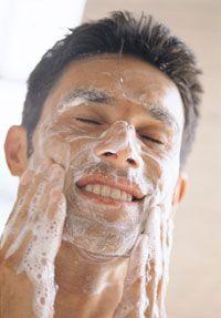 Cuidado Facial Masculino... http://www.hombreactual.com/peluqueria-y-estetica-masculina/inicio/noticias/cuidado-personal/cuidado-facial-masculino/