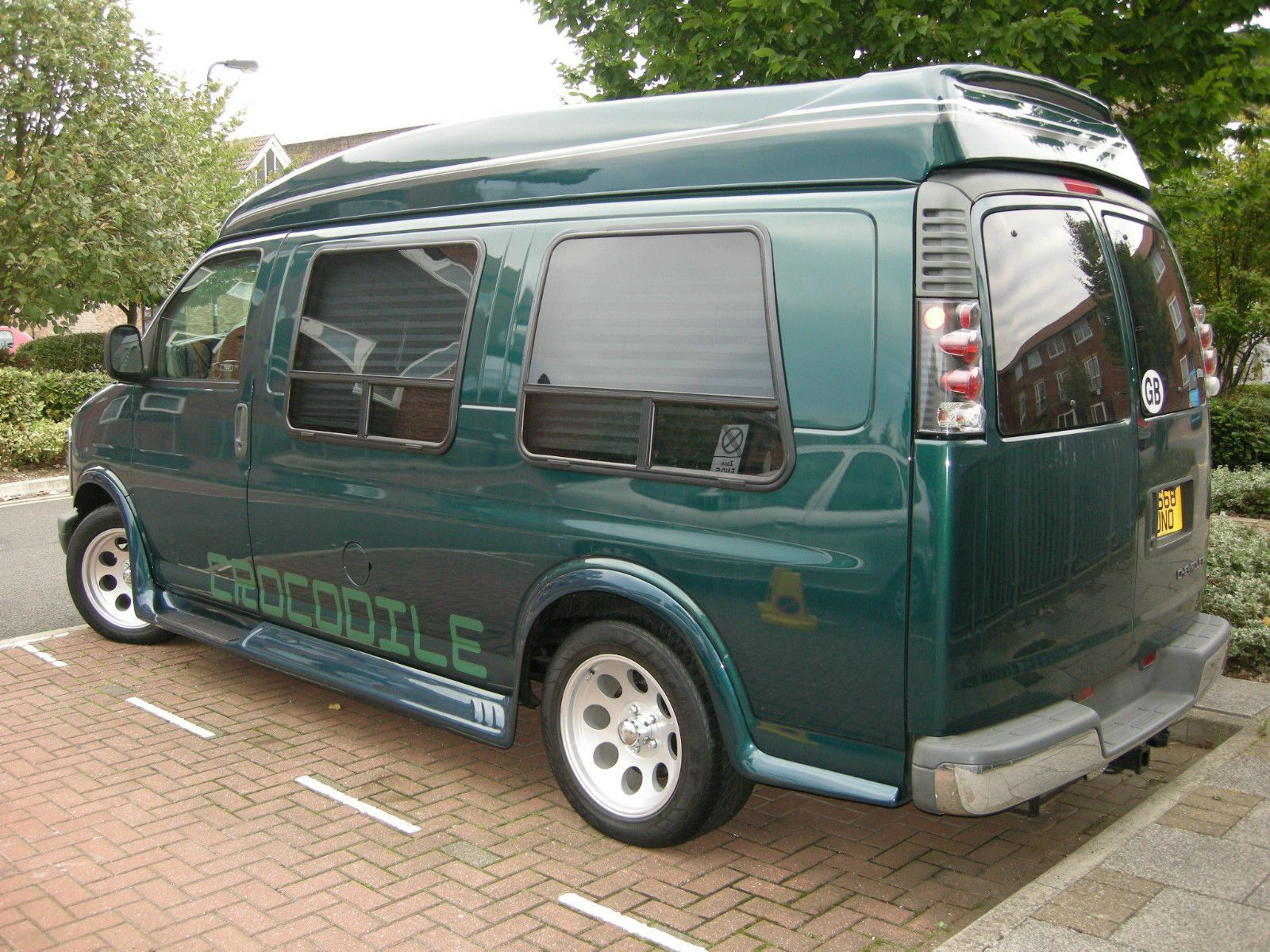 Chevrolet Express Day Van not G20 Dodge Safari Astro in Cars, Motorcycles &… | I like to look ...