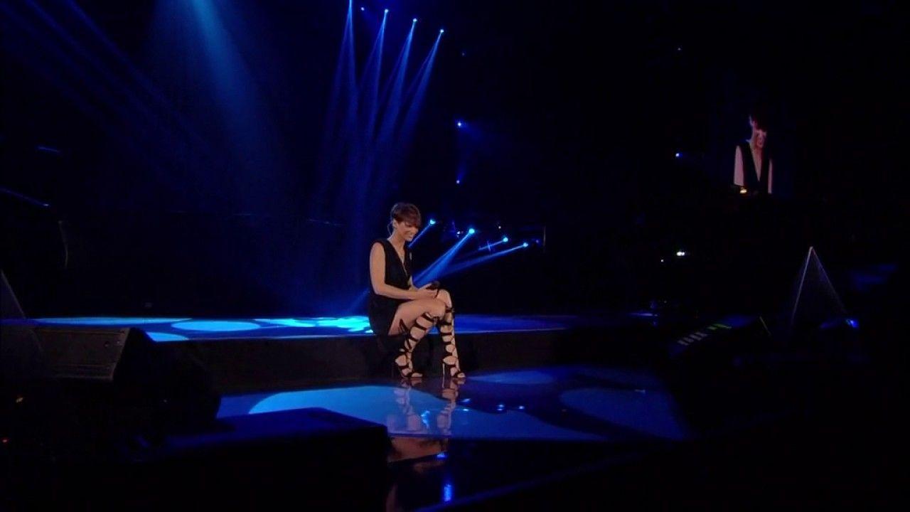 Alessandra Amoroso- Difendimi per sempre -Vivere a Colori Tour