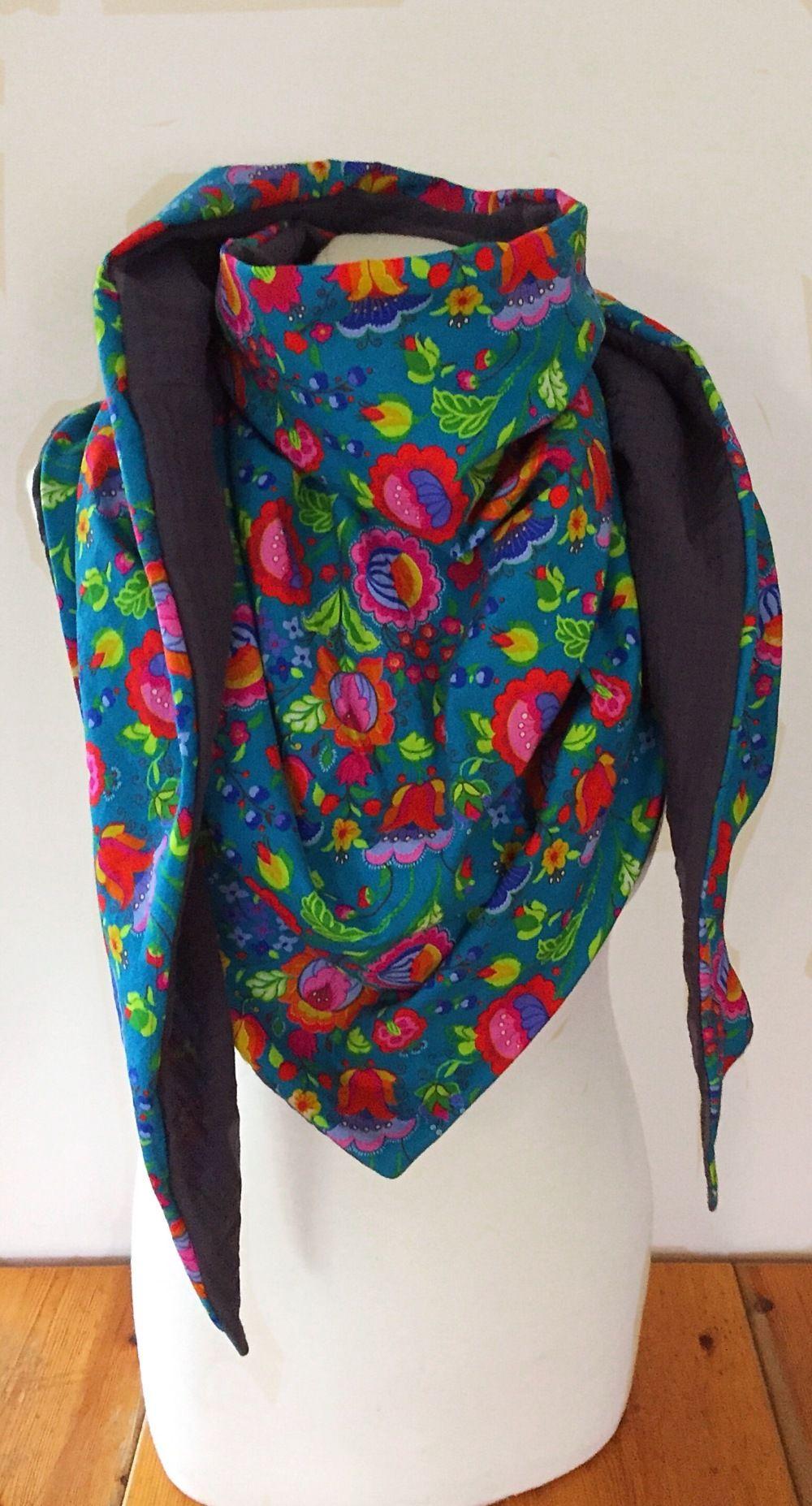 Maxi chèche multicolore à fleurs, grand foulard coloré femme ... 5c1d77dc65f