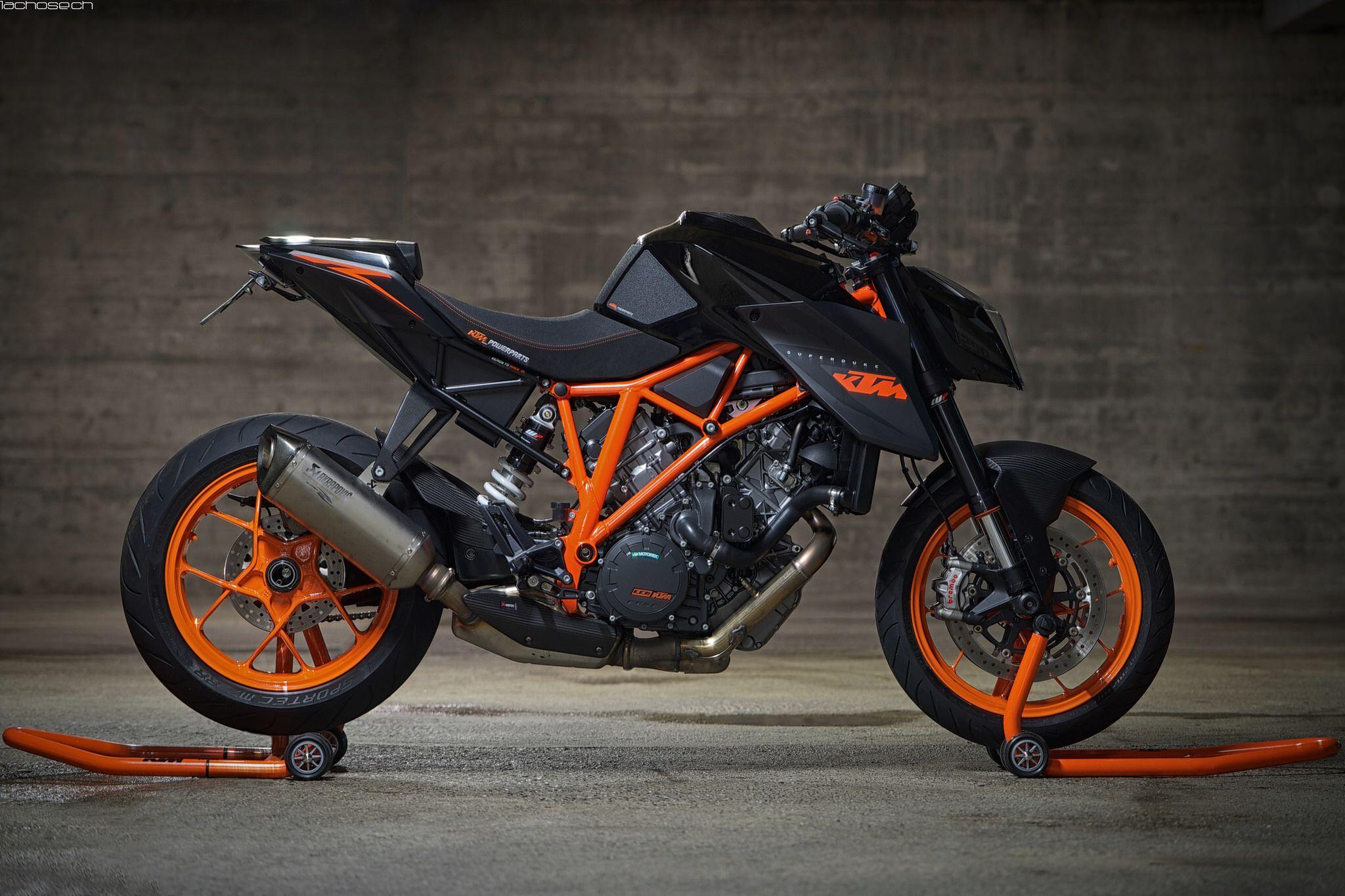 Ktm Superduke R 1290 Voitures Et Motos Moto Motard Moto Sportive