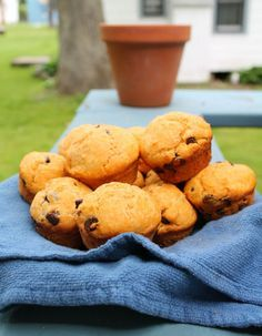 papaya muffins.. Mmmm! Never even considered this! And I'm sure it could be made without any butter/oil.. Just need one that's ripe enough
