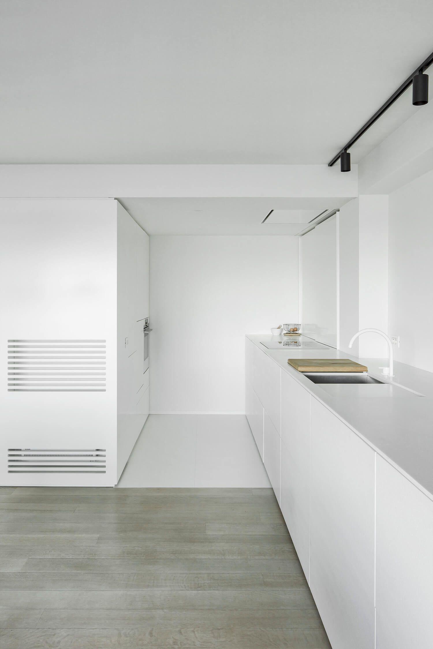 Zeedijk Apartment by TJIP   Küchen   Interior design ...