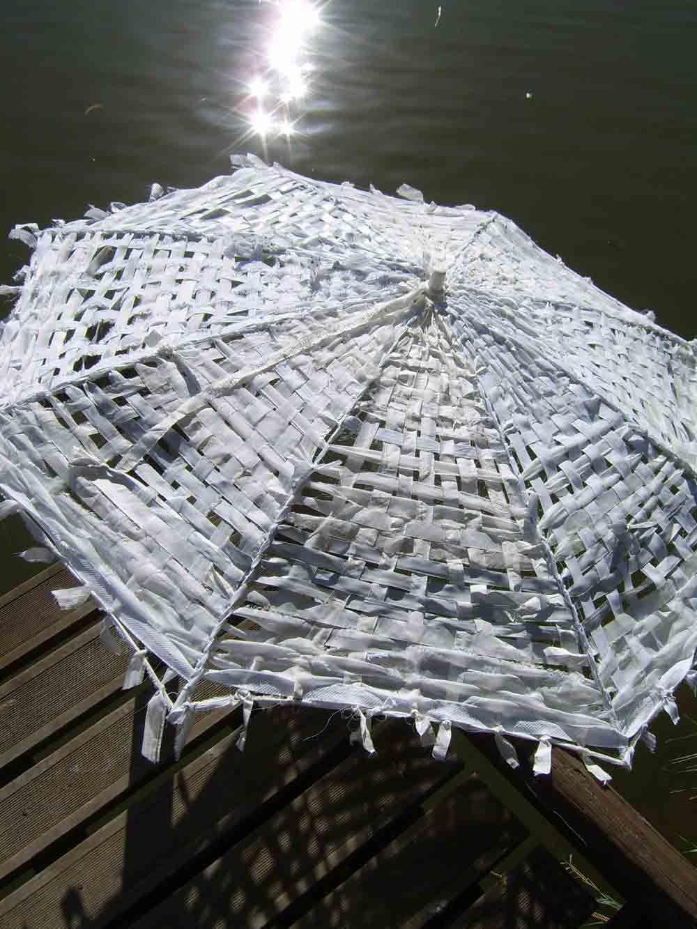 'JapaneseJoyTwo'..upcycling textile waste... & handwoven by Portuguese weaver & textile designer Helena Loermans. She runs workshops! via the designer's site
