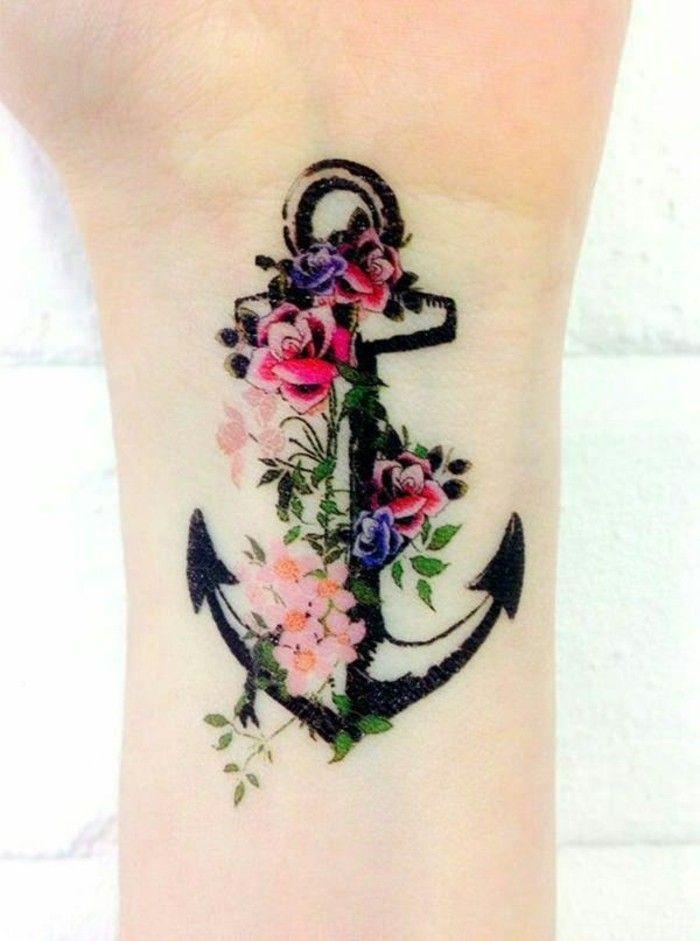 handgelenk tattoo anker mit blumen tattoo ideen. Black Bedroom Furniture Sets. Home Design Ideas