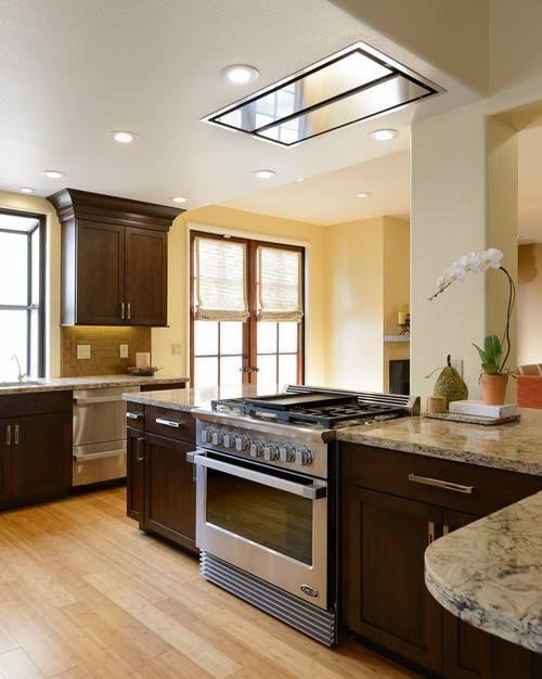 The Best Cirrus Range Hood Looks Stunning In This Gorgeous Kitchen