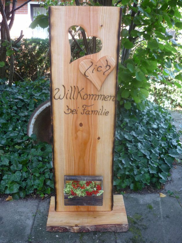 Herzlich Willkommen Mit Diesem Schild Wird Jeder Gast Jeder Besuch Freundlich Empfangen Eine Hubsche Naturliche Dekoration Dekoration Flaschenoffner Wand