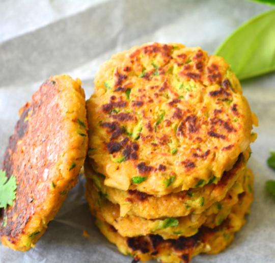 Hamburguesas de garbanzos y calabac n receta de cocina - Comida vegetariana facil de preparar ...