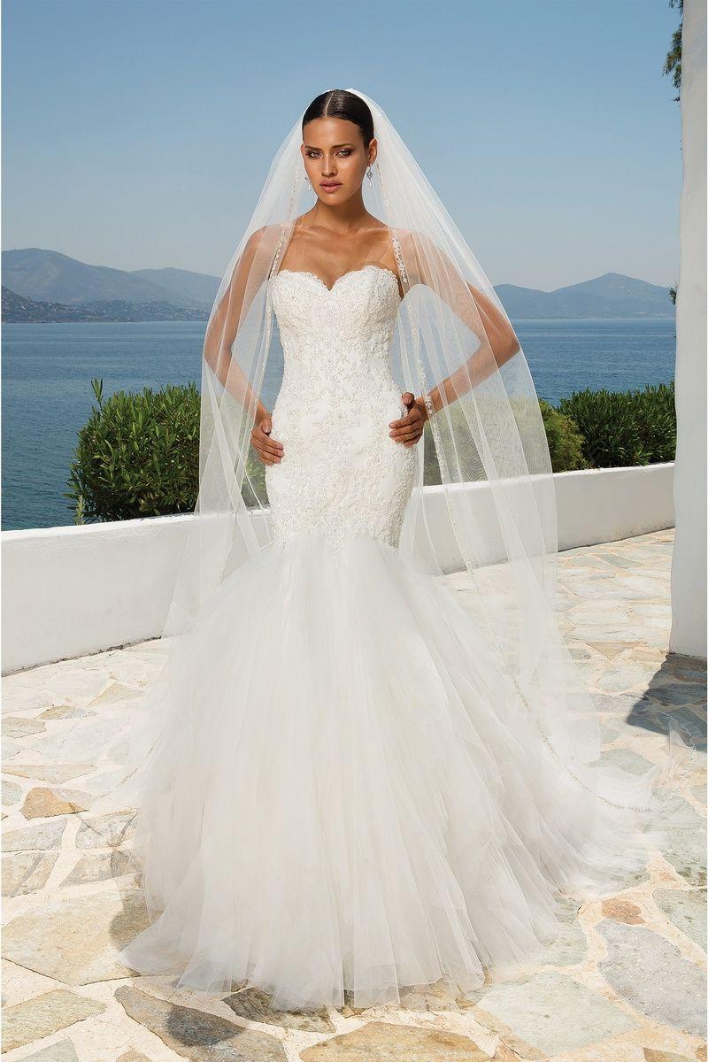 Justin Alexander wedding dresses style 8899