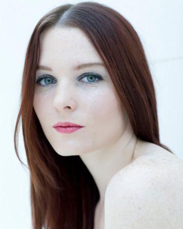 Pale woman Nude Photos 25