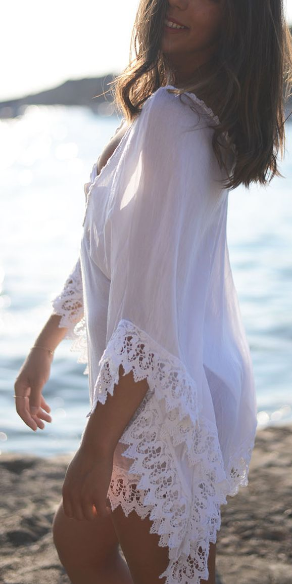 White Lace Details Kaftan by The Fashion Through My Eyes