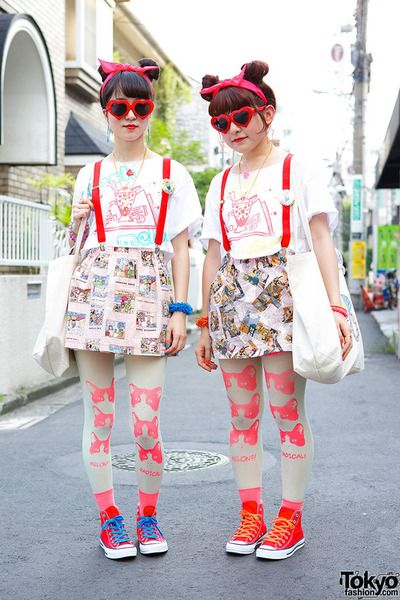 tokyo-fashion:  Ai and Mashimo - of the poppy punky Japanese girl band Hennyo - on the street in Harajuku!